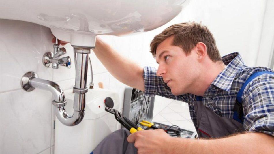 Choosing A Plumber Made Easy