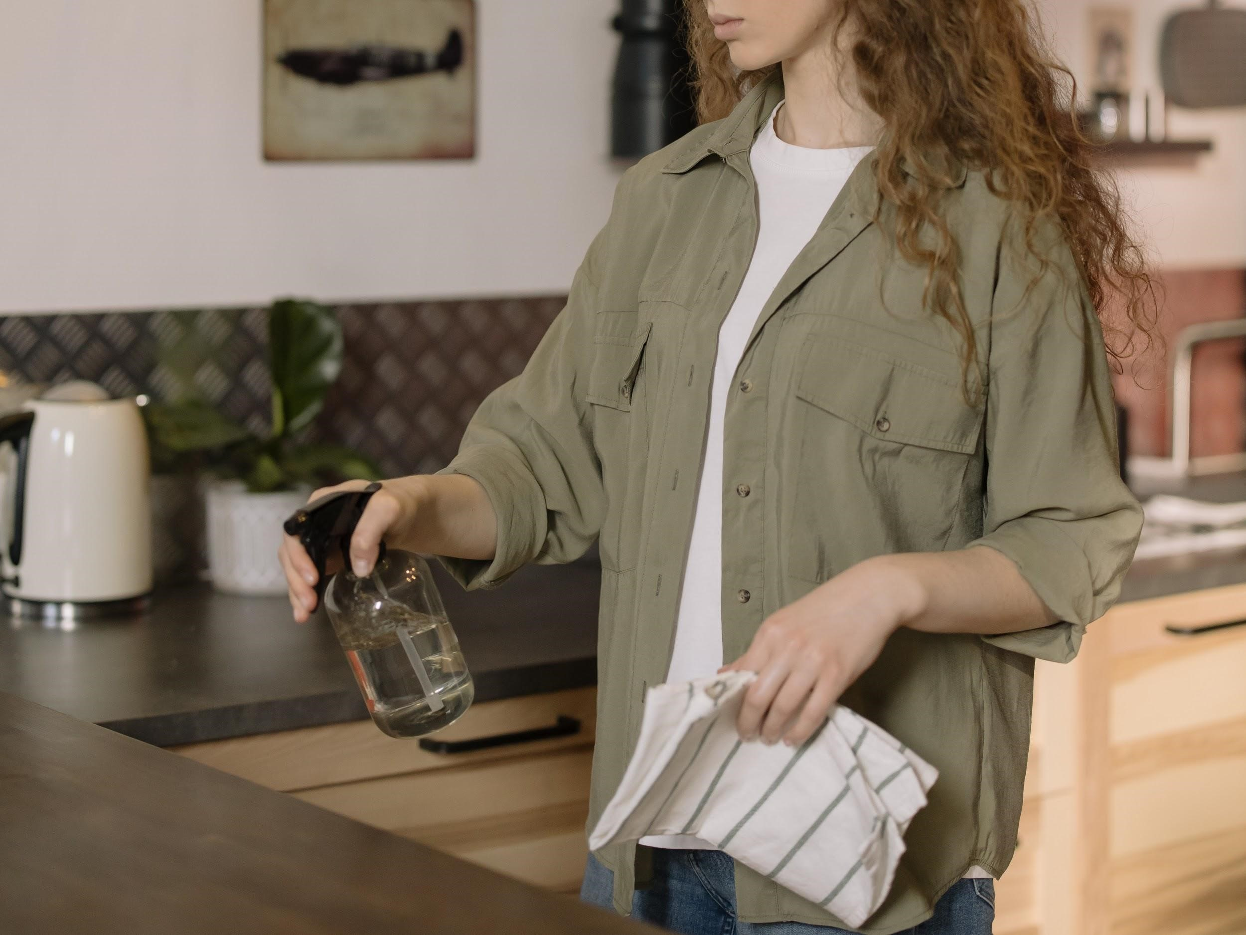 How to Clean Your Home Fast and Easy: 5 Home Cleaning Tips?